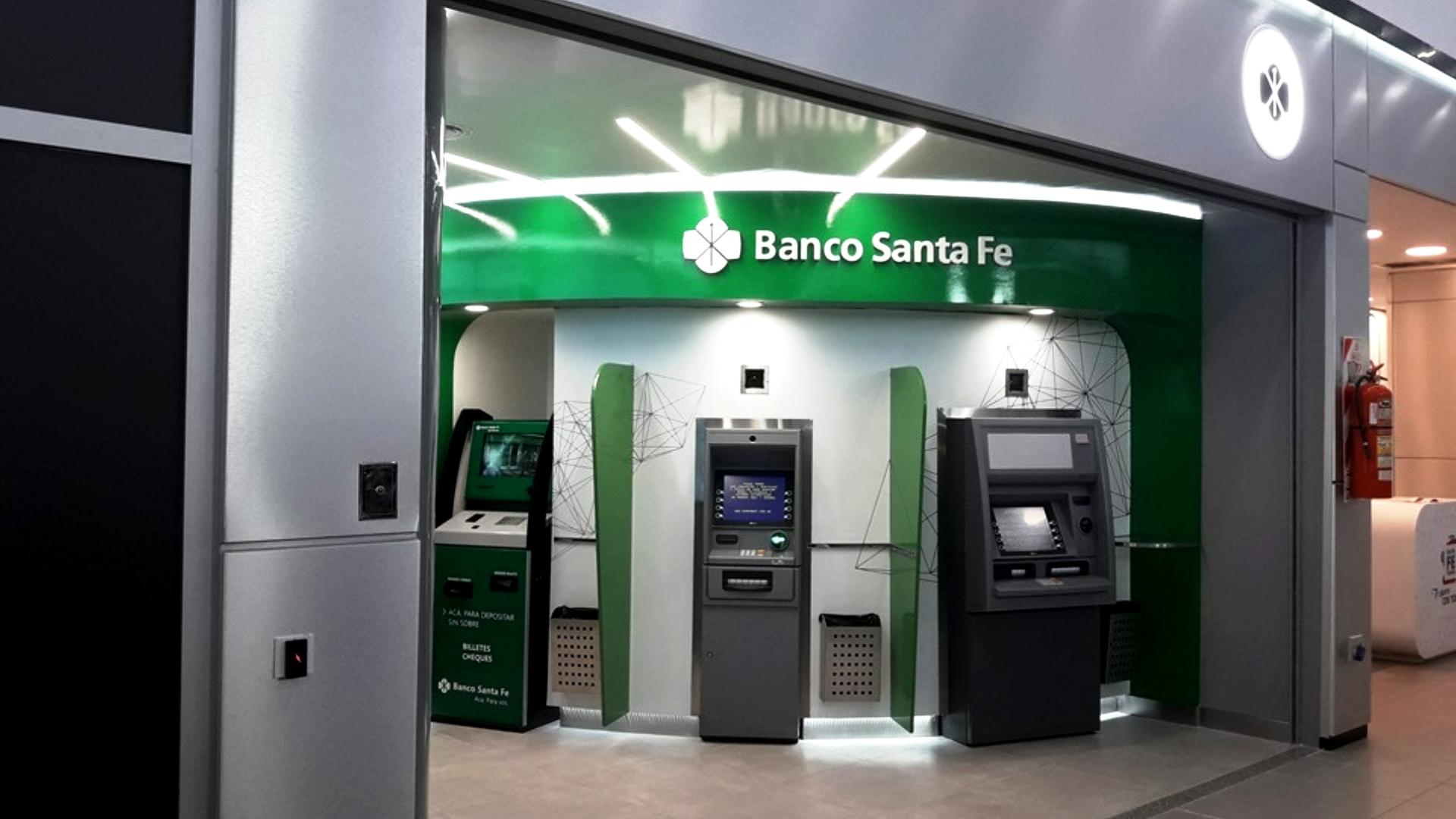 Banco Santa Fe: ya se puede retirar dinero en los cajeros automáticos sin tarjeta de débito | IMPULSO