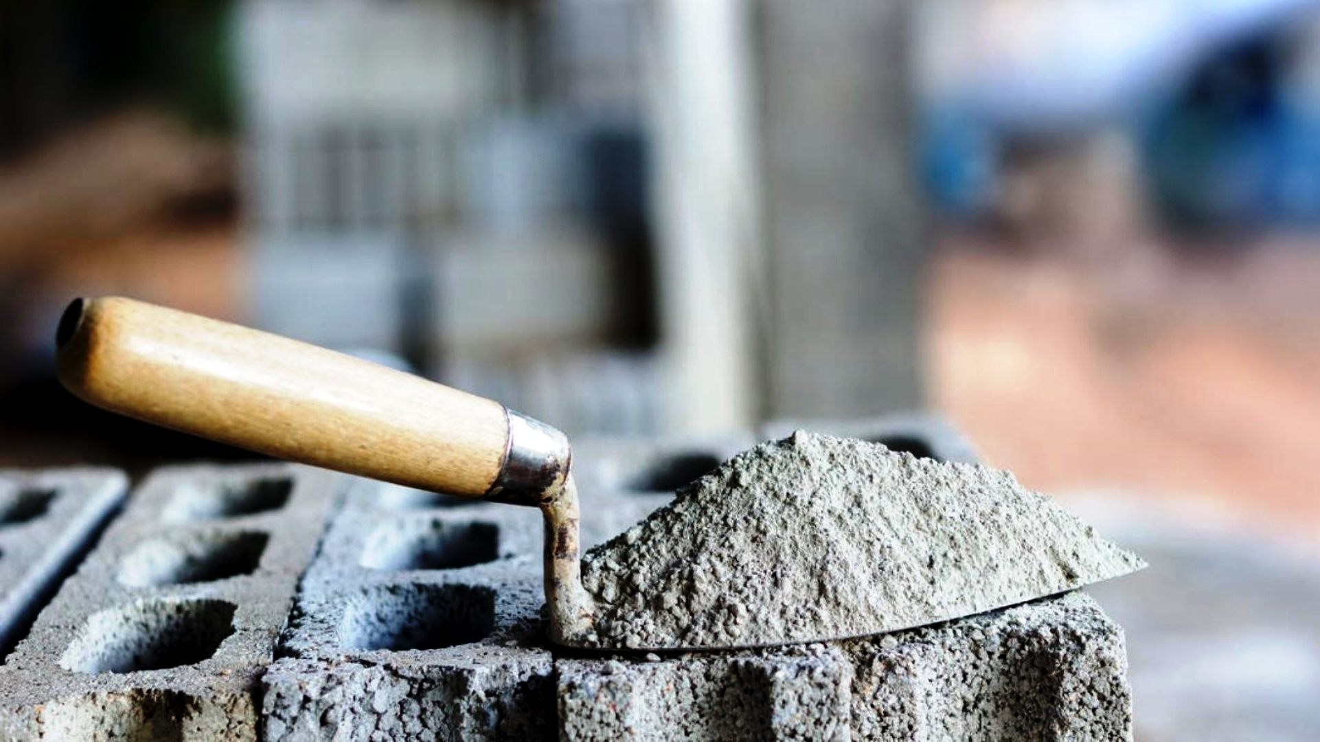 Construcción: los despachos de cemento siguen en baja   IMPULSO